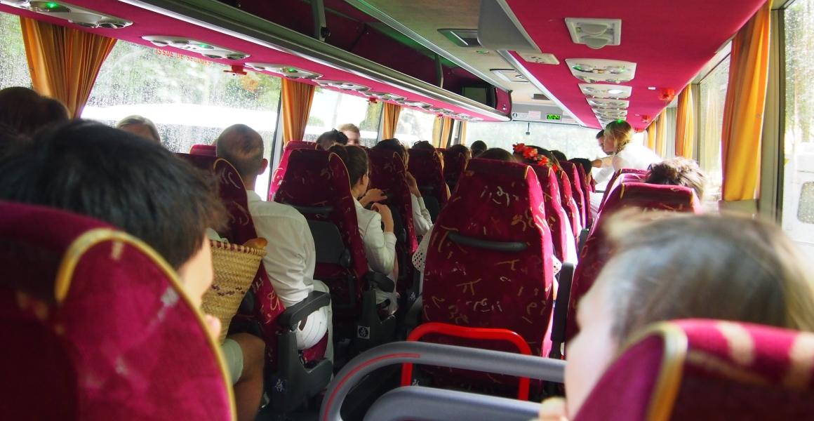 bus-diner-en-blanc.jpg